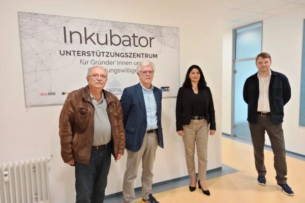 Bundestagskandidatin Derya Türk-Nachbaur von der SPD besucht das TZ